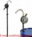Bomba manual rotativa Ryton / Bomba extractora de aceite con manivela
