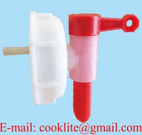 Kunststof dopkraan / Tapkraan met druk knop aansluitng 71 mm