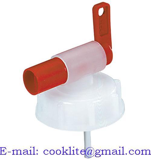Plastikowy kran z nakrętką na kanister 10 I/20l