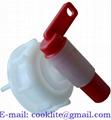 Пластиковый кран-крышка для канистры