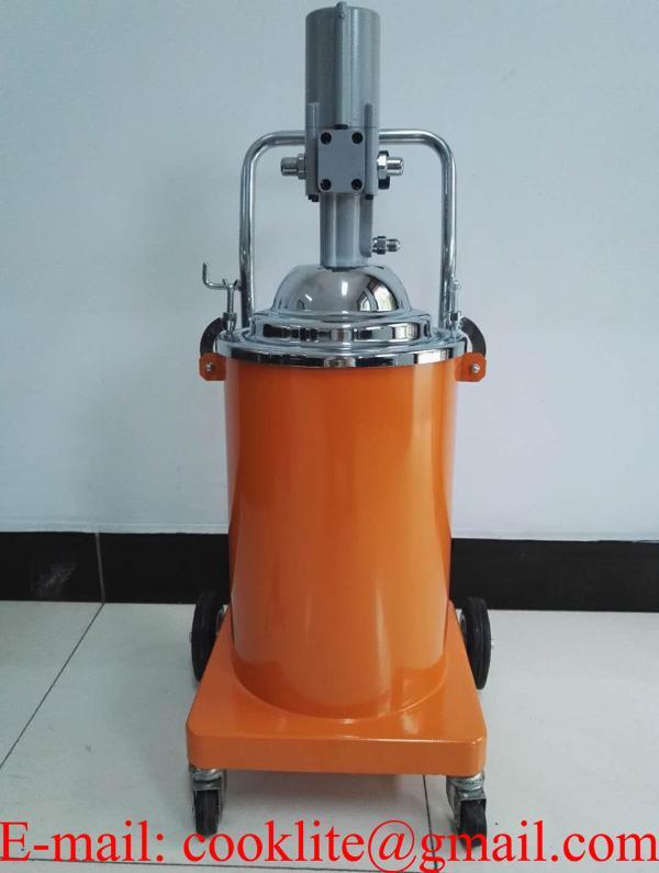 Propulsora/engraxadeira pneumática 20Kg reservatório com carrinho