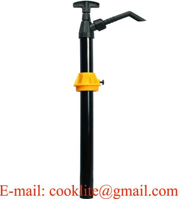 Pompa manuale a pistone per travaso