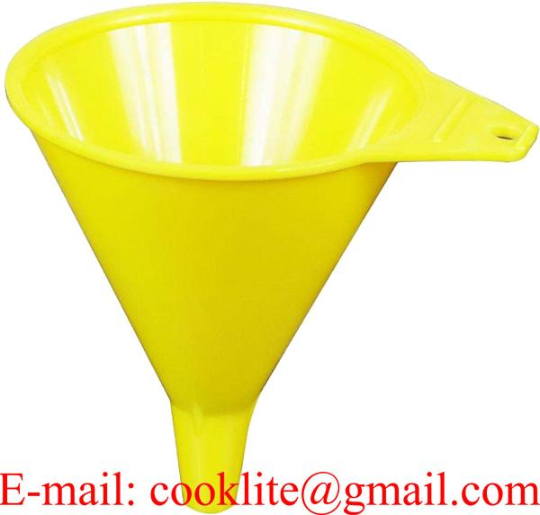 8 Ounce Polypropylene Economy Funnel