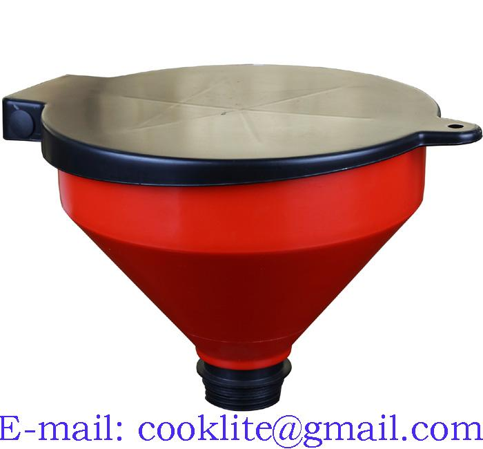 Polypropylene funnel with lid and filter for oil drum