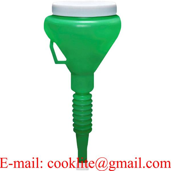 """Green 1-1/2 Quart Double Capped Funnel 4"""" OD Top x 17"""" H x 9/16"""" OD Bottom"""