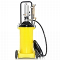 Fedtsprøjte pneumatisk 12 liter med hjul