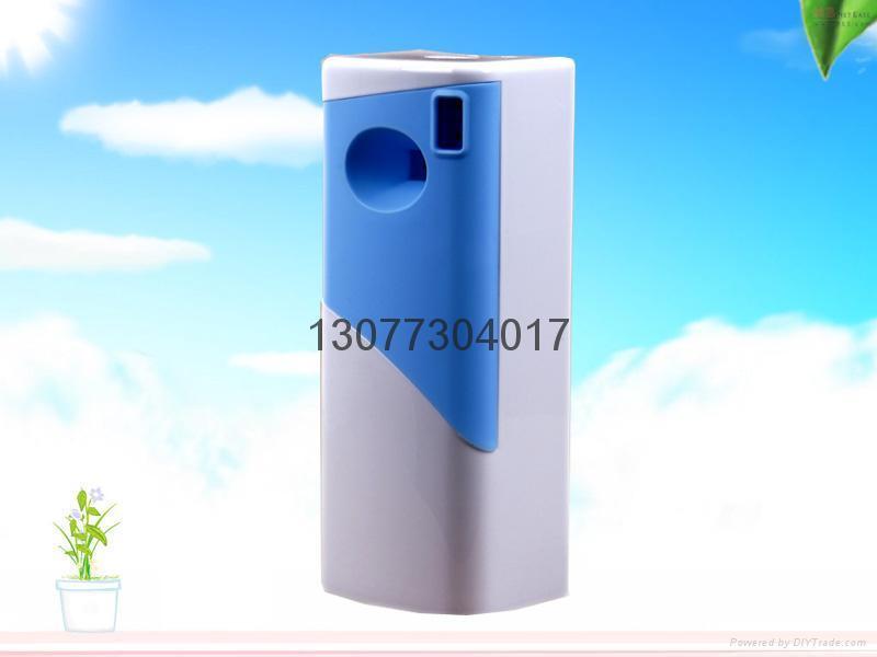 LCD aerosol dispenser with screen 3