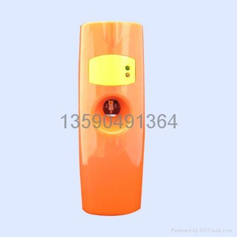 LCD液晶數顯感光LED自動調時光感噴香機 3