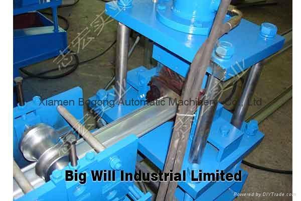Good Quanlity Roller Shutter Door Roll Forming Machine 5