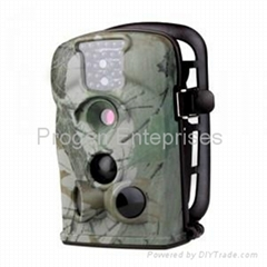 12MP scout camera  trail camera Low Glow flash