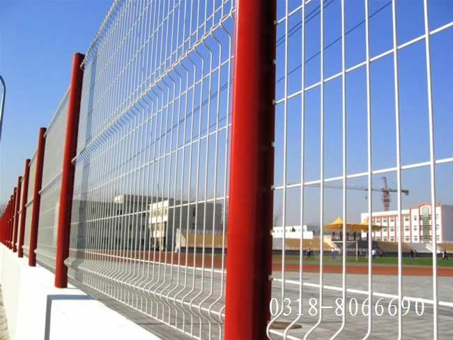 桃型柱护栏网 1