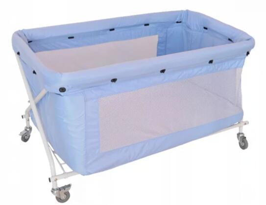 折疊嬰儿床  1