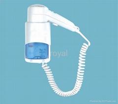 Dual voltage shaver socket hair dryer