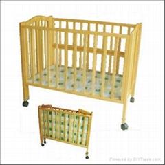 折叠婴儿床