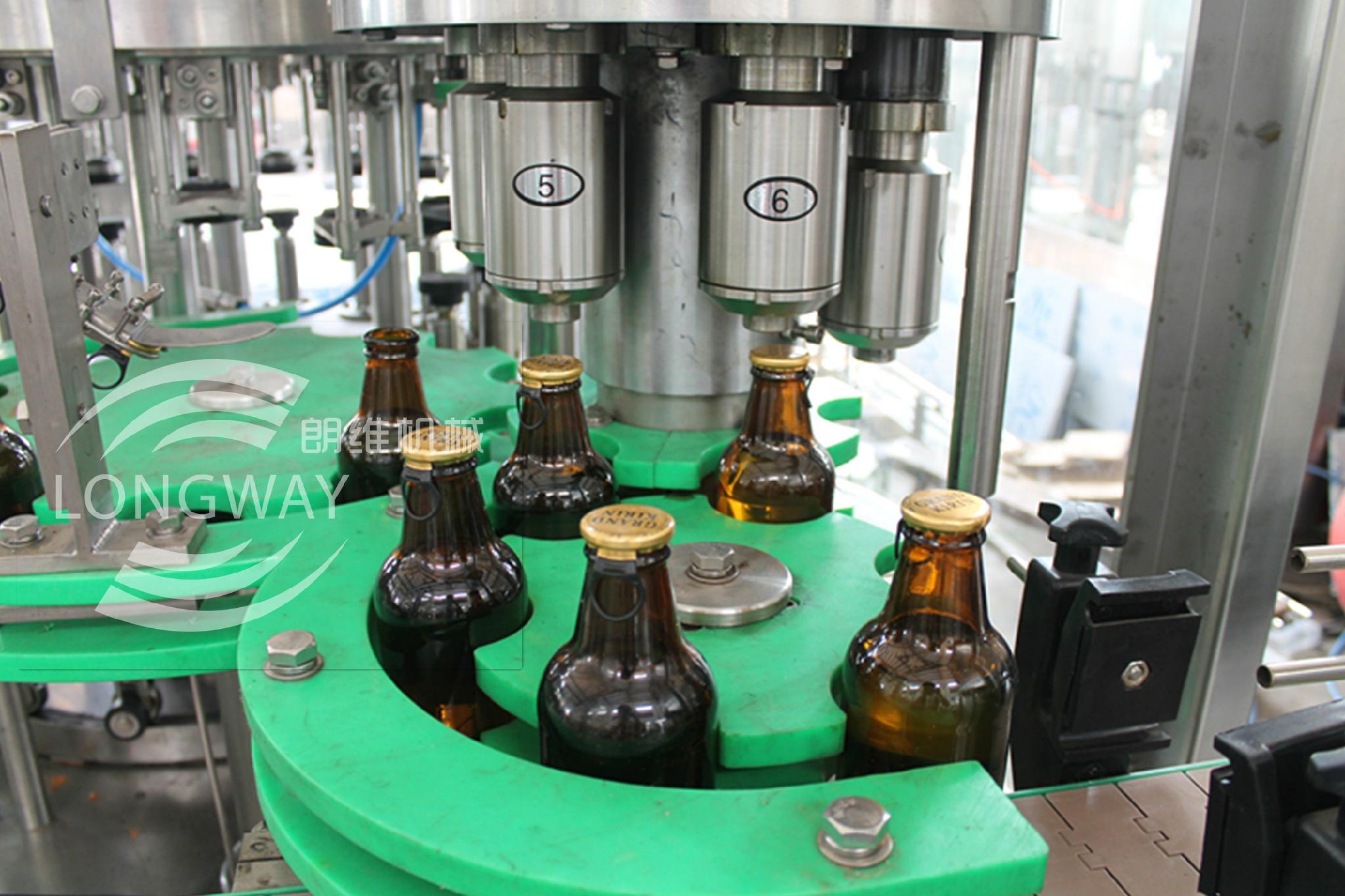 玻璃瓶果汁飲料拉環蓋沖瓶灌裝封口機 1