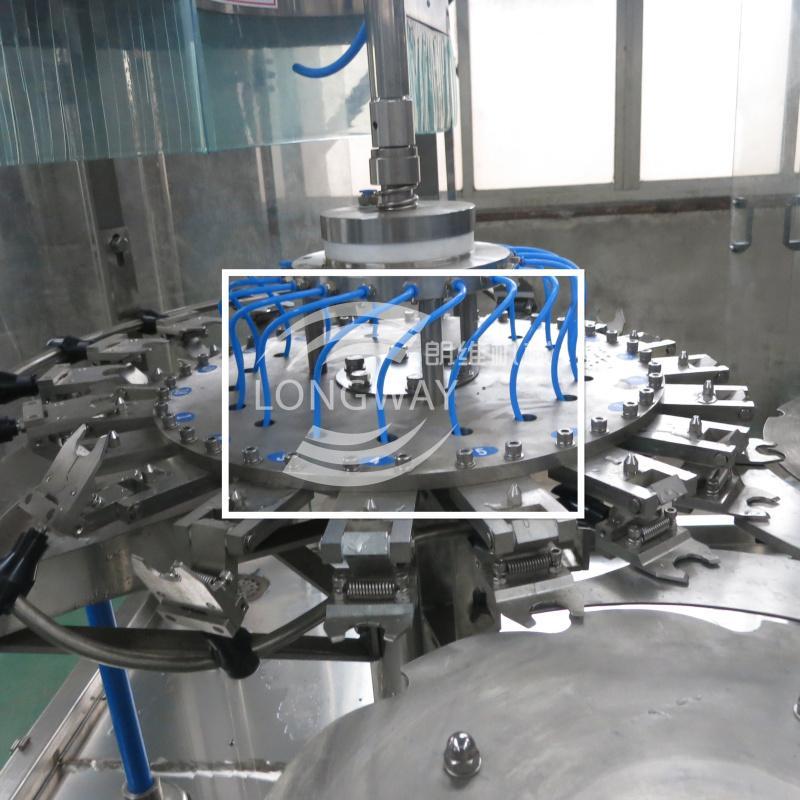 DCGF18-18-6 PET瓶含气饮料灌装机 2