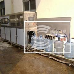 QGF-100桶/小時大桶灌裝機,全自動桶裝水生產線