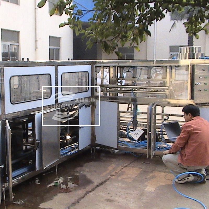 300全自動桶裝水灌裝機 礦泉水灌裝機 3