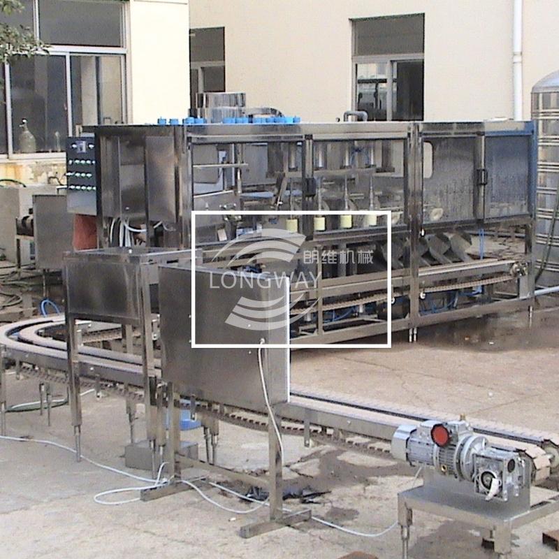 300全自动桶装水灌装机 矿泉水灌装机 4