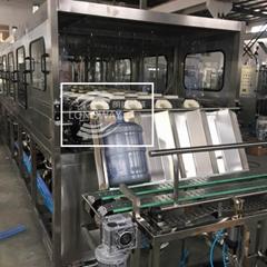 19L 600 桶 3-5加侖大桶灌裝設備 液體礦泉水桶裝水灌裝機械