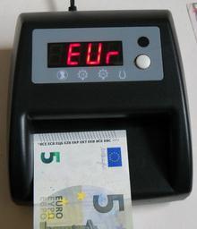 歐元驗鈔機 1
