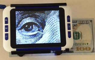 Portable Digital Magnifier 1