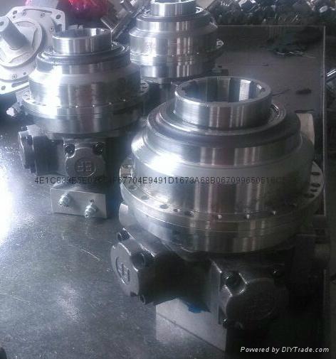 液压马达传动回转装置减速器 4