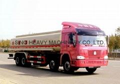 HOWO 26-38m3 Fuel tank truck