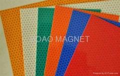 magnetic reflective film