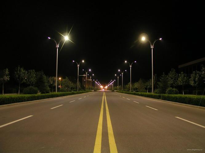 LED路燈100W 11