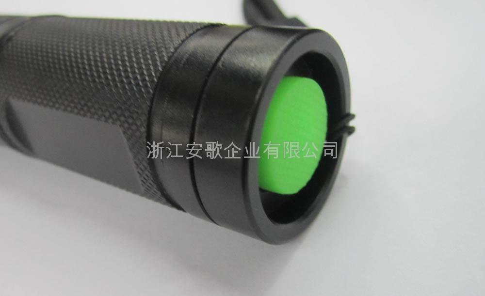 LICHAO立超 LC-A0# T6 LED橘皮铝光杯带夜光开关强光手电筒 5