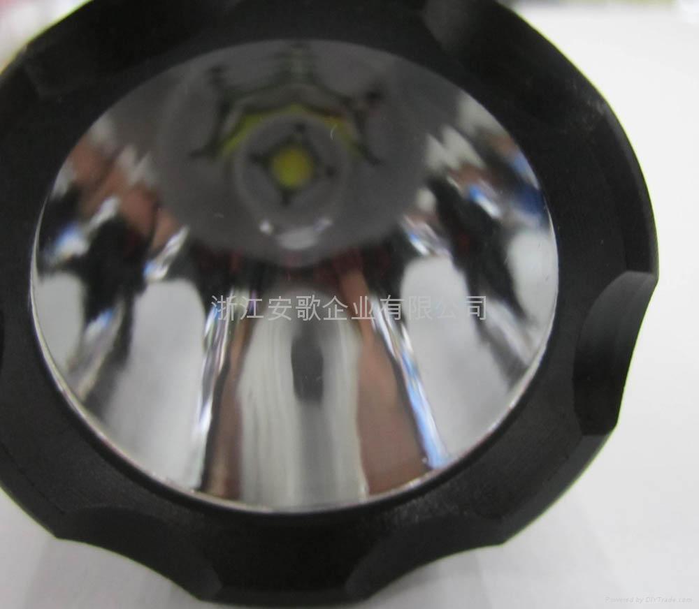 LICHAO立超 LC-C8 CREE T6 LED光面鋁光杯C8小頭強光手電筒 3