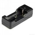 強光手電充電器 USB充電器   充 micro 5P 轉4.2V 18650充電器 8