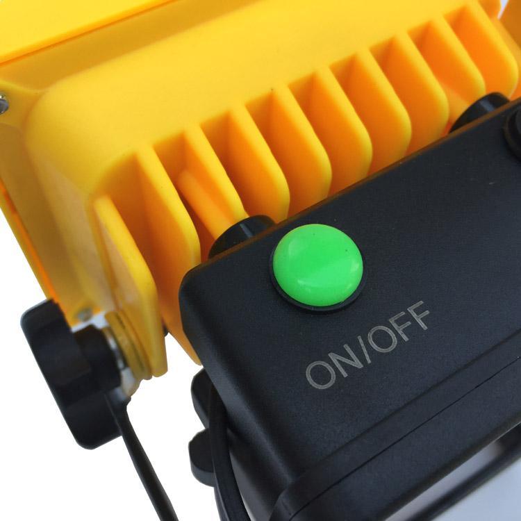 LED强光充电手提投光灯工作灯 应急泛光灯车载信号警示灯探照灯 6