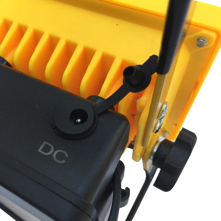 LED強光充電手提投光燈工作燈 應急氾光燈車載信號警示燈探照燈 10