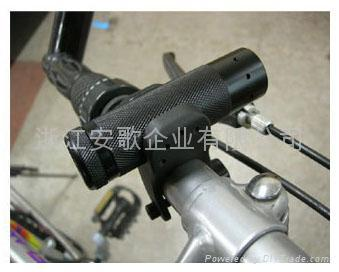 高檔自行車夾 手電筒夾子 自行車燈夾A型 3