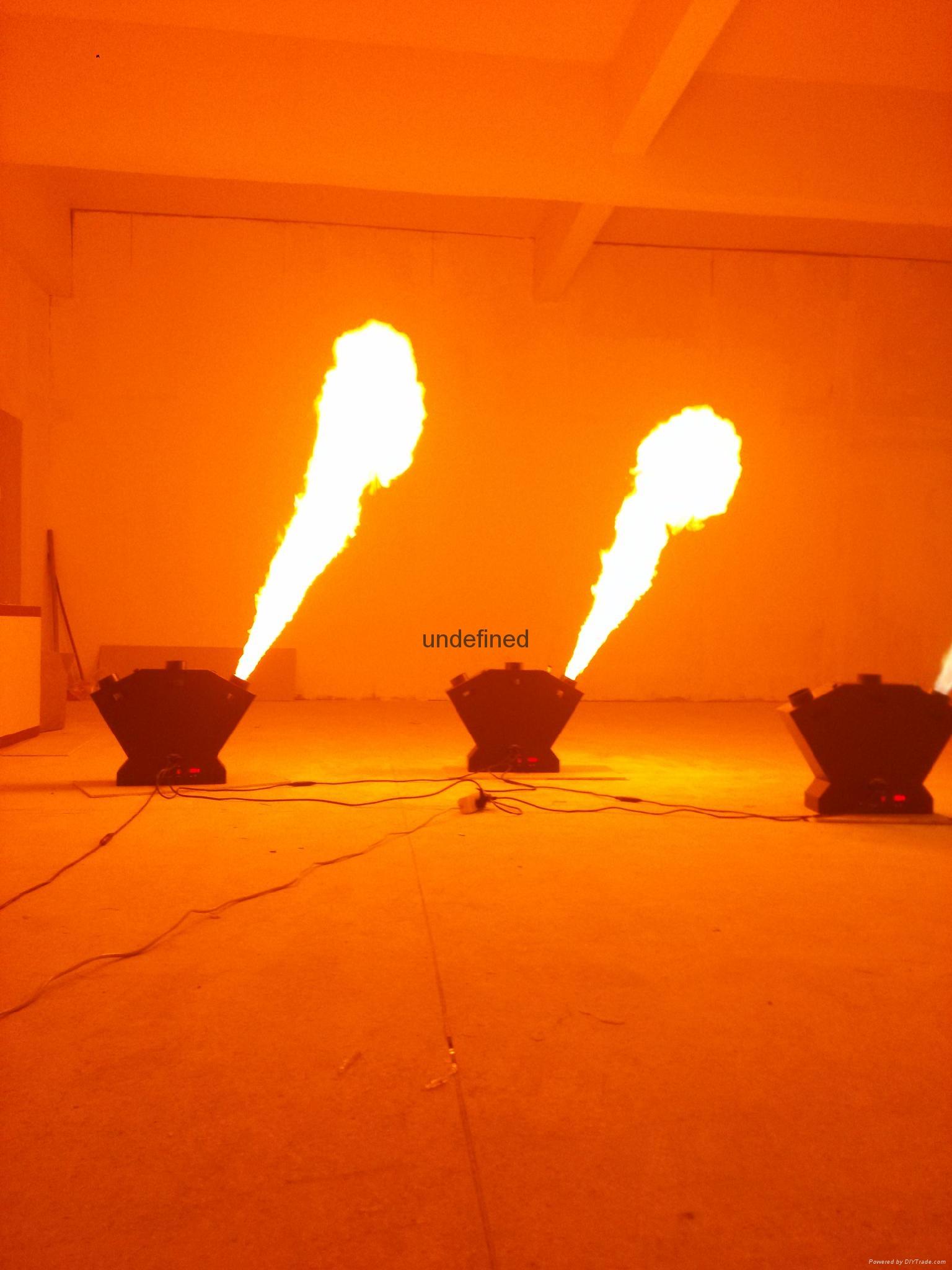 三頭噴火機 2