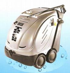 意大利奧威克斯油田油管清洗高壓冷熱水清洗機
