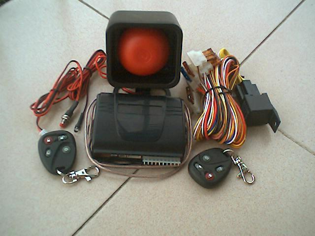 汽車防盜遙控報警器SG-110A 1