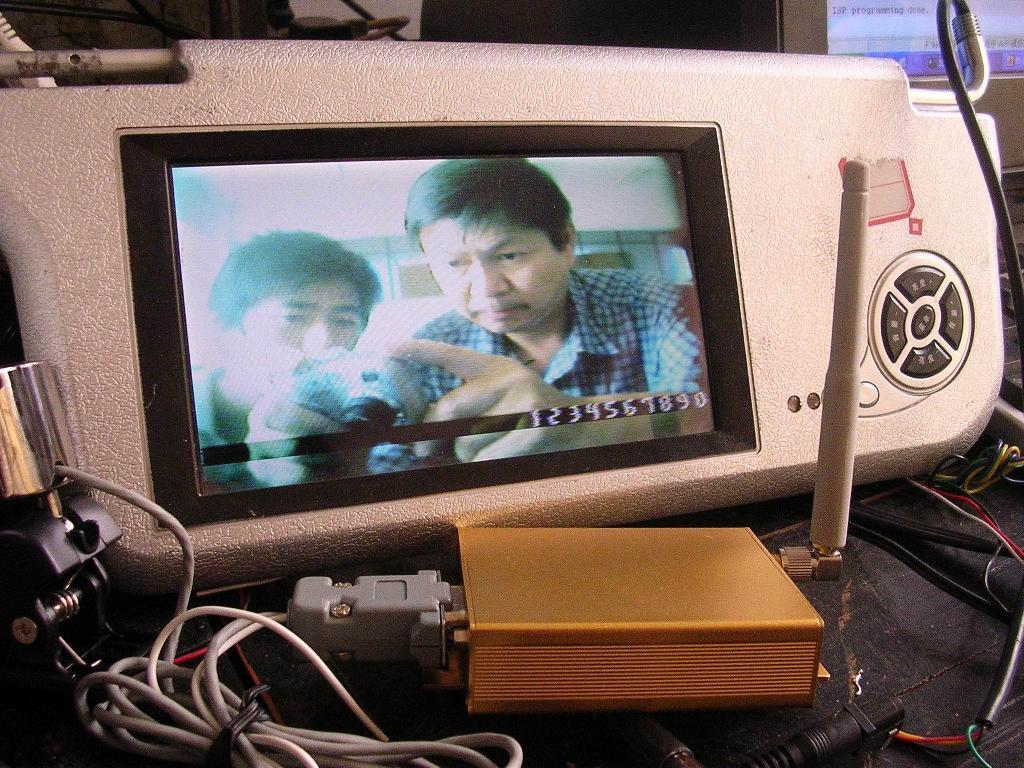 GSM短信息视频字符叠加器 2