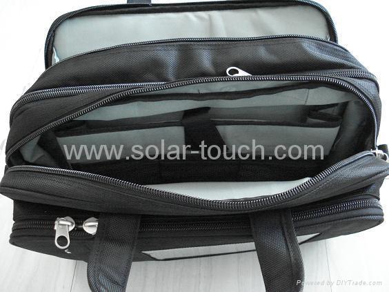 太陽能電腦包(4W太陽能電池板) 2