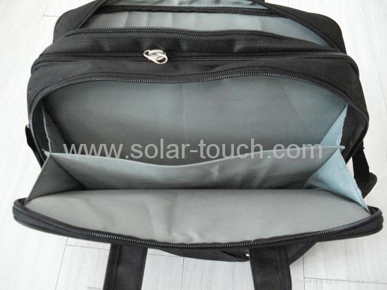 太陽能電腦包(4W太陽能電池板) 3