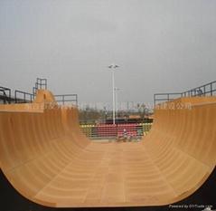 滑板滑道設施