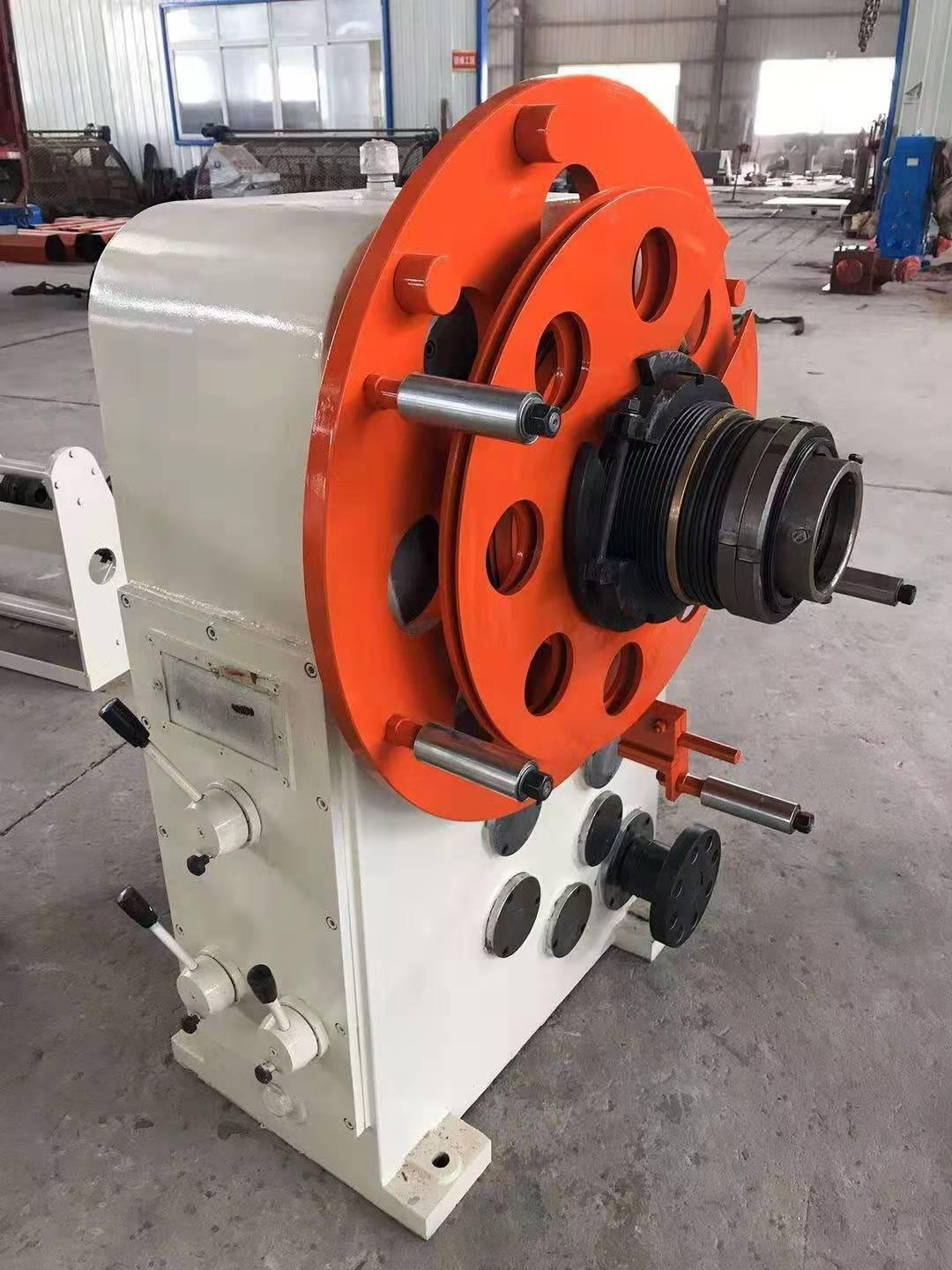 Concentric taping machine 2