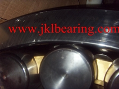 SKF    23284CA/W33    Spherical Roller Bearing