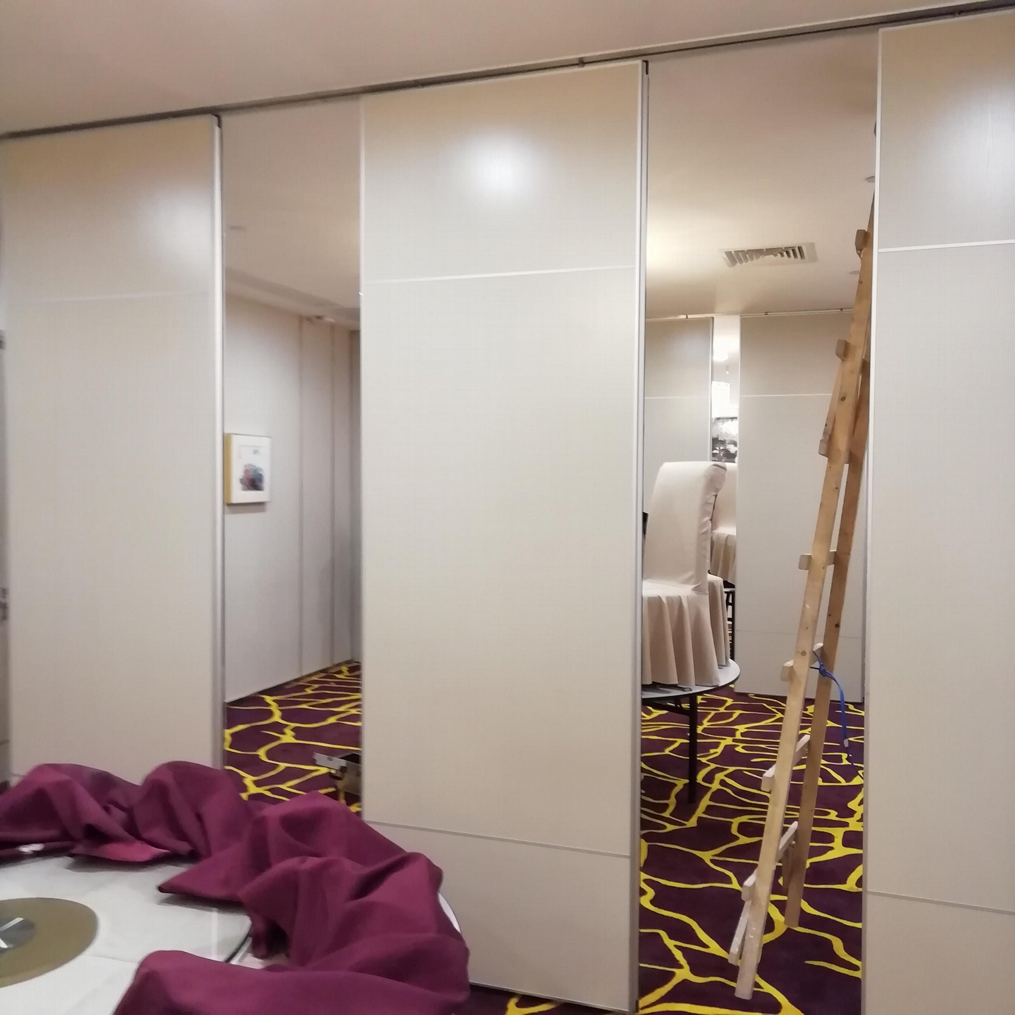 Guangdong Foshan Factory Direct Move Partition Hotel Movable Partition 5