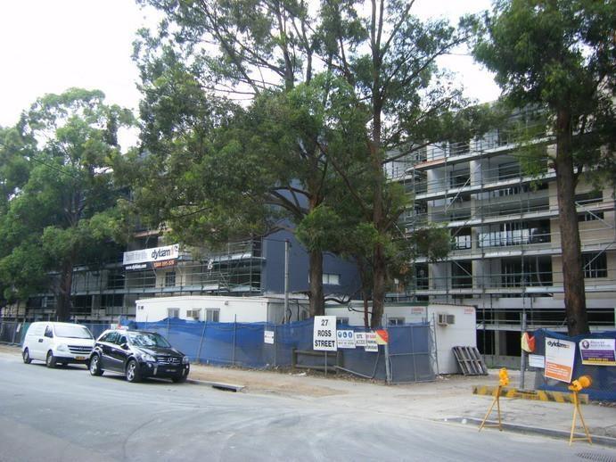 Entrada,Paramatta (160units, 2010)