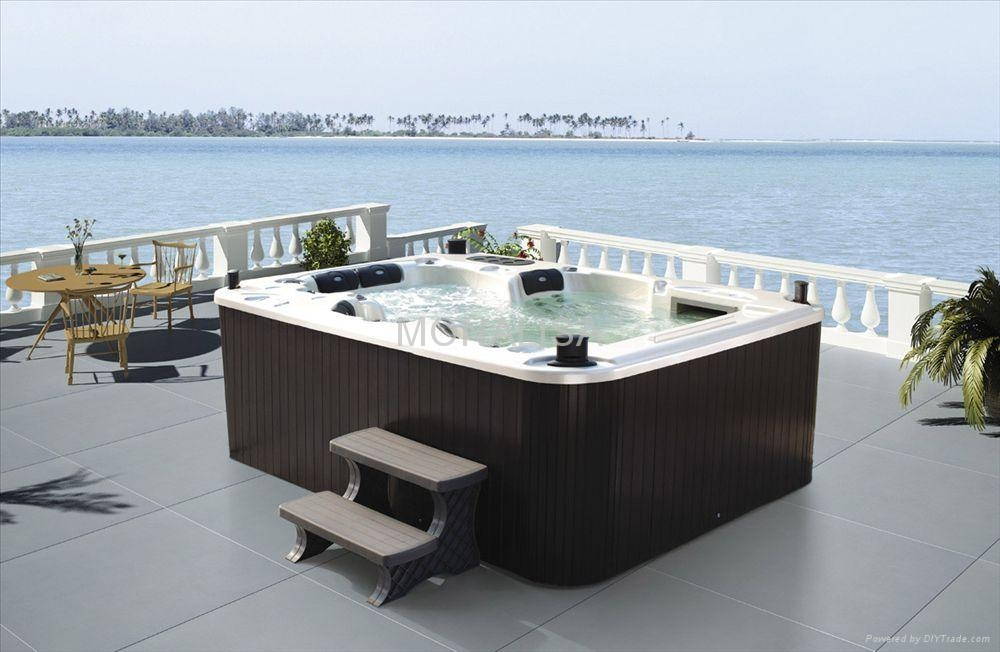 5 people 111 pcs jets super luxury whirlpool outdoor spa with masage