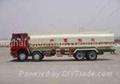 Oil tank truck 1