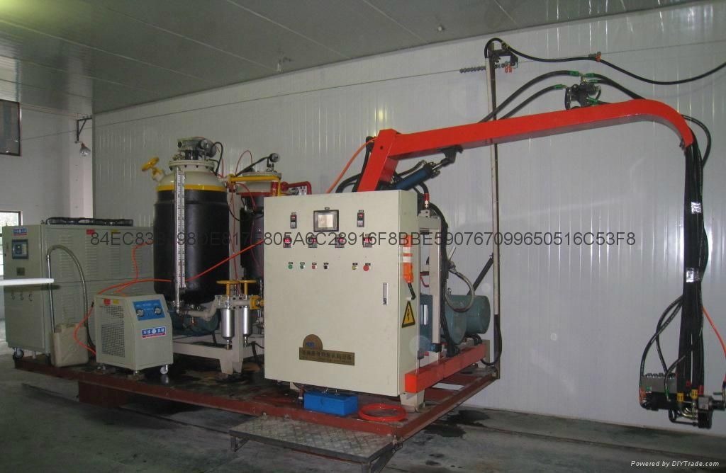供應聚氨酯高壓發泡機 4